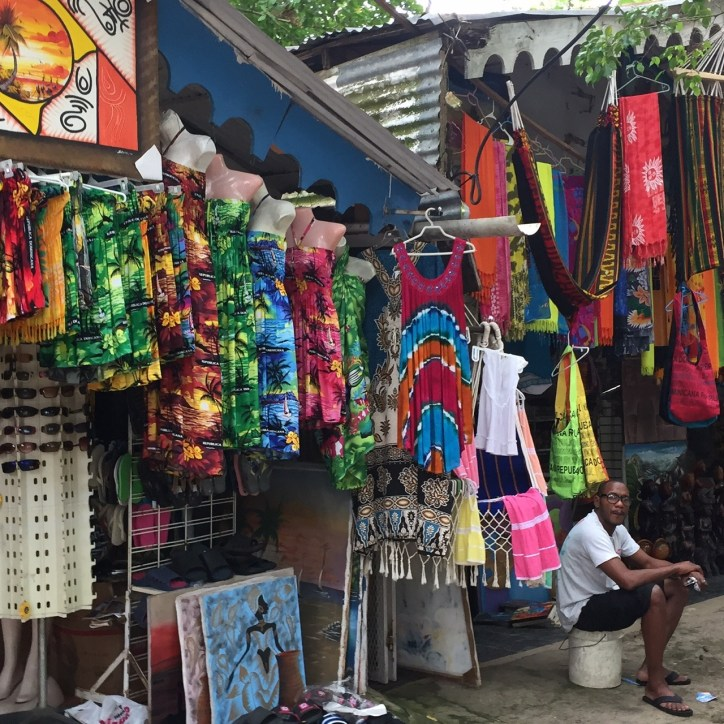 Fathom-Travel-Dominican-Republic-Marketplace