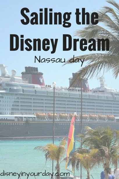 Sailing the Disney Dream (1)
