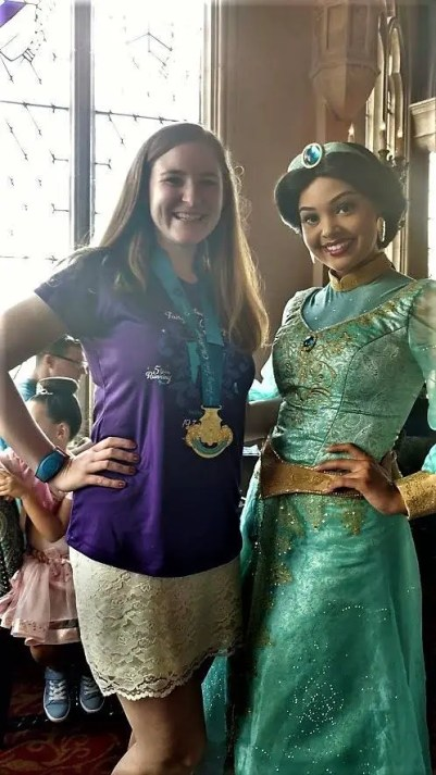 meet Aladdin and Jasmine - Disney in your Day