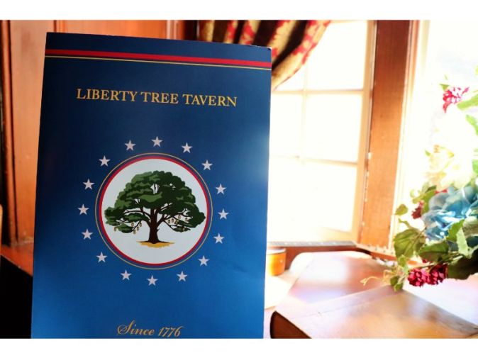 Liberty Tree Tavern lunch - Disney in your Day