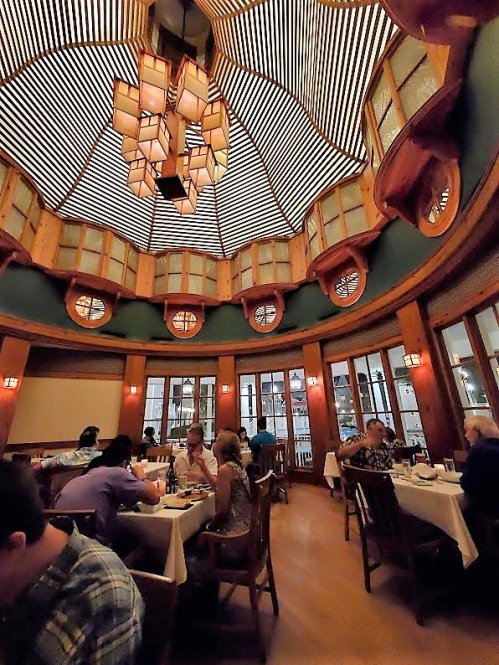 Yachtsman Steakhouse dinner - Disney in your Day