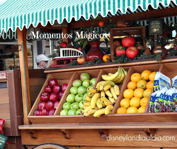 Carrito de Fruta en Disneylandia