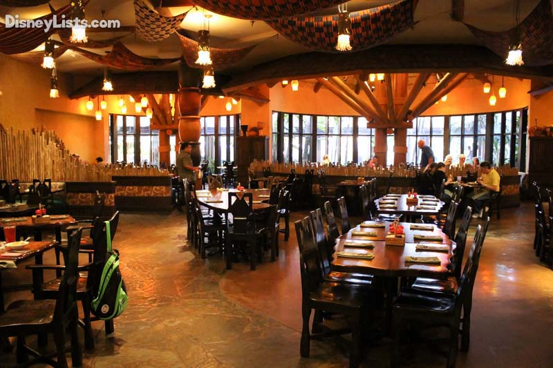 16 Best Amp Worst Dining Choices For Large Groups At Disney