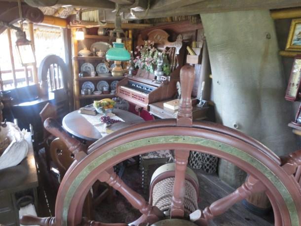 Treehouse room