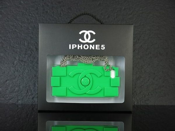 10-Chanel-lego-phone-case