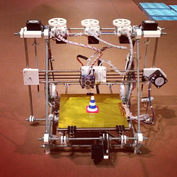 15 reprap-desktop-3d-printer-design-museum-london