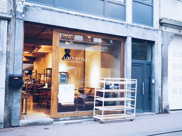LOFT STYLES vintage furniture store in Antwerp