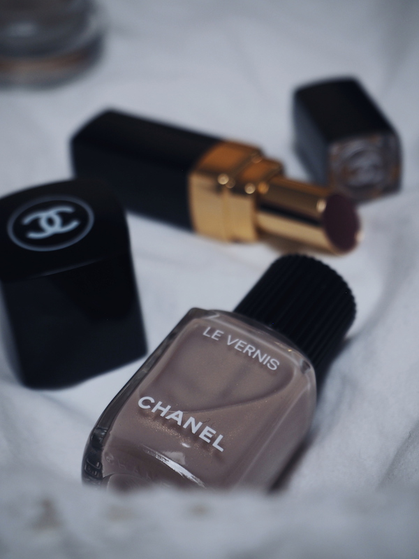 Chanel Cruise 2019 Afterglow nail colour
