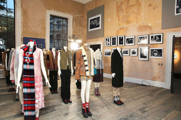 Burberry AW17 Here We Are exhibition Old Sessions House creative review
