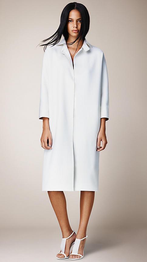Burberry-Prorsum-ss14-cape-coat