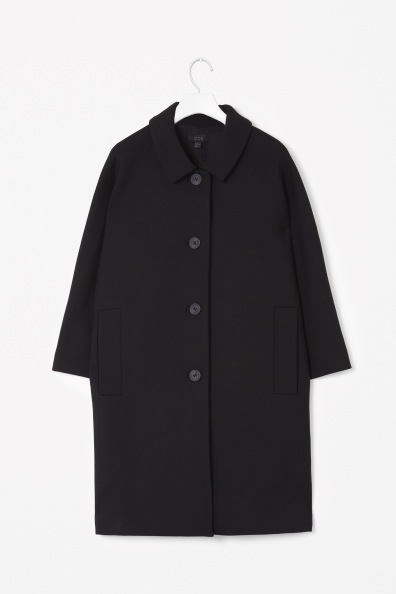 Cos-Curved-shoulder coat