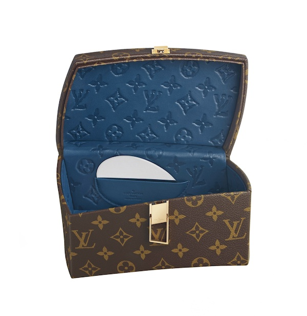 Frank-Gehry-louis-vuitton-celebrating-monogram