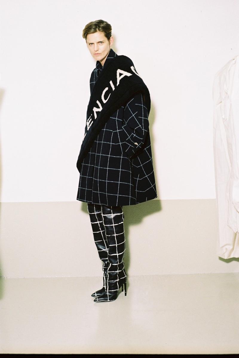 Stella tennant Balenciaga pre-fall 2016