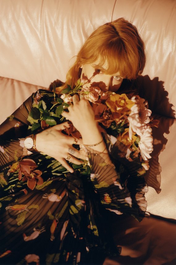 florence welch is the face of gucci jewellery and watches