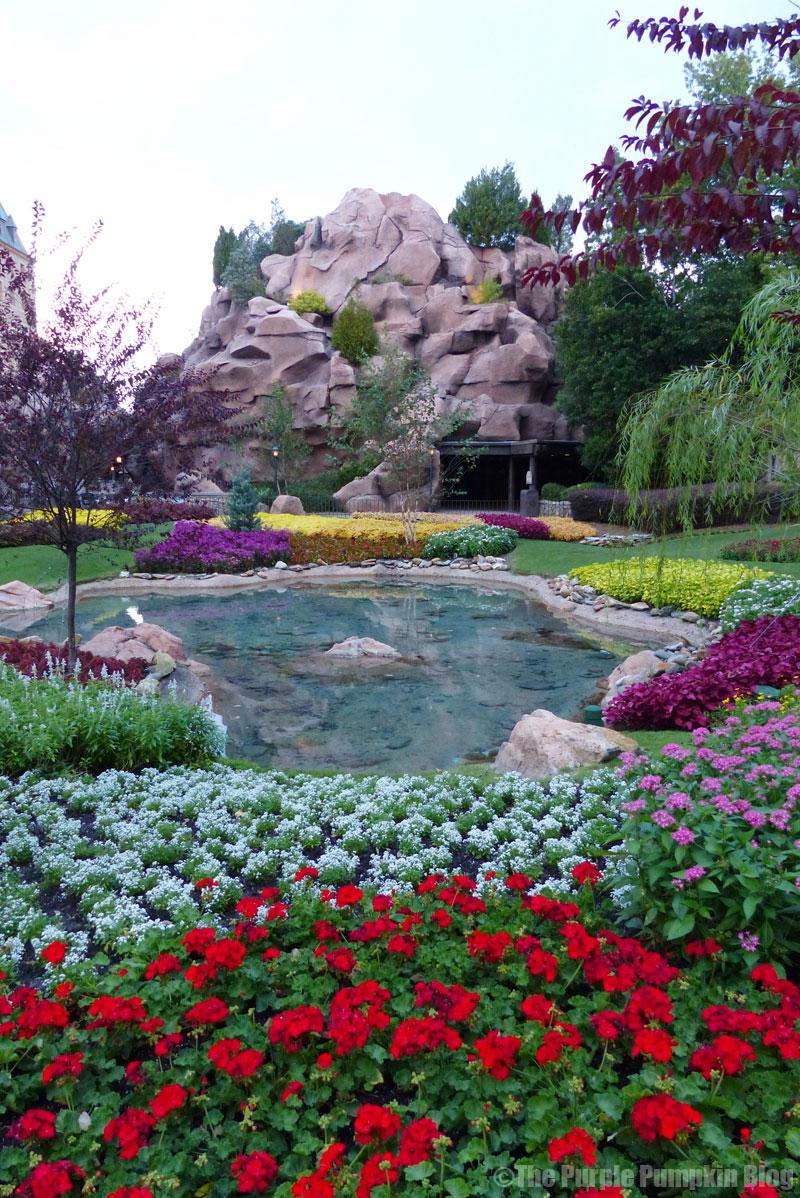 Victoria Gardens - Canada Pavilion - Epcot World Showcase