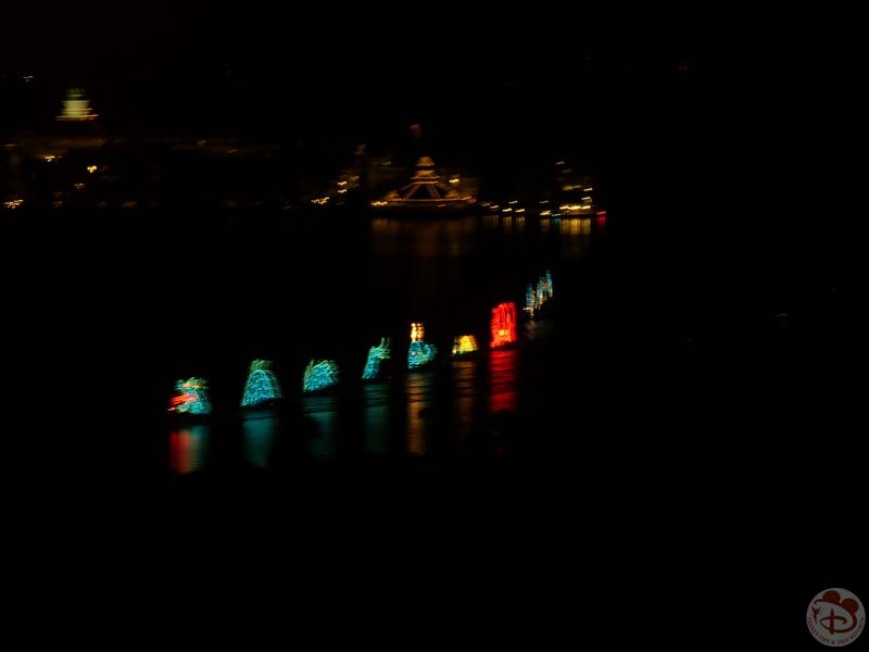 Electric Water Pageant - Seven Seas Lagoon