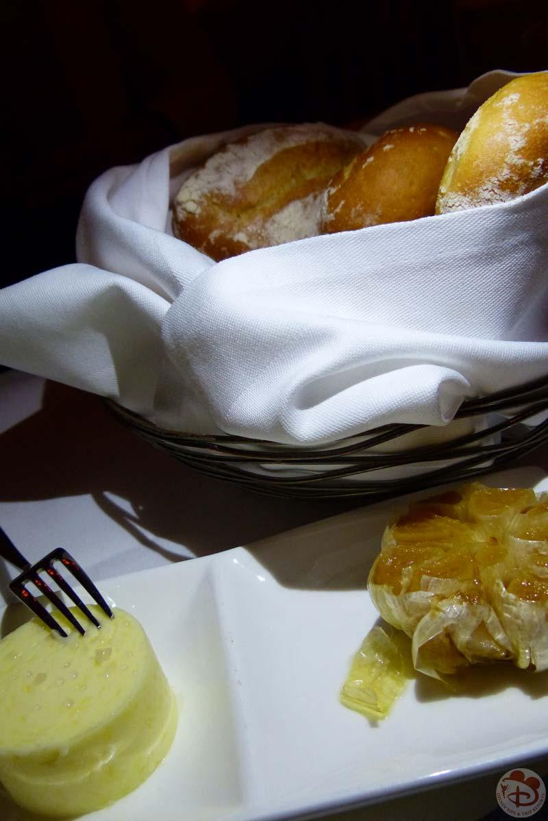 Onion Rolls - Yachtsman Steakhouse
