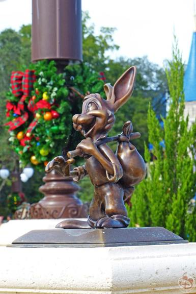 Brer Rabbit Statue - Magic Kingdom