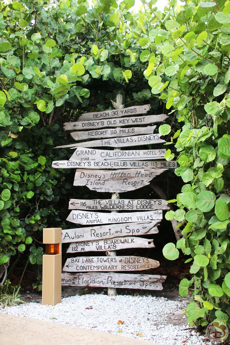 Signpost to Disney Resorts