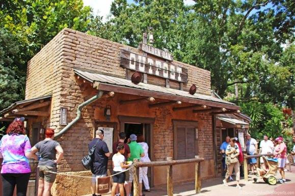 Magic Kingdom - Golden Oak Outpost