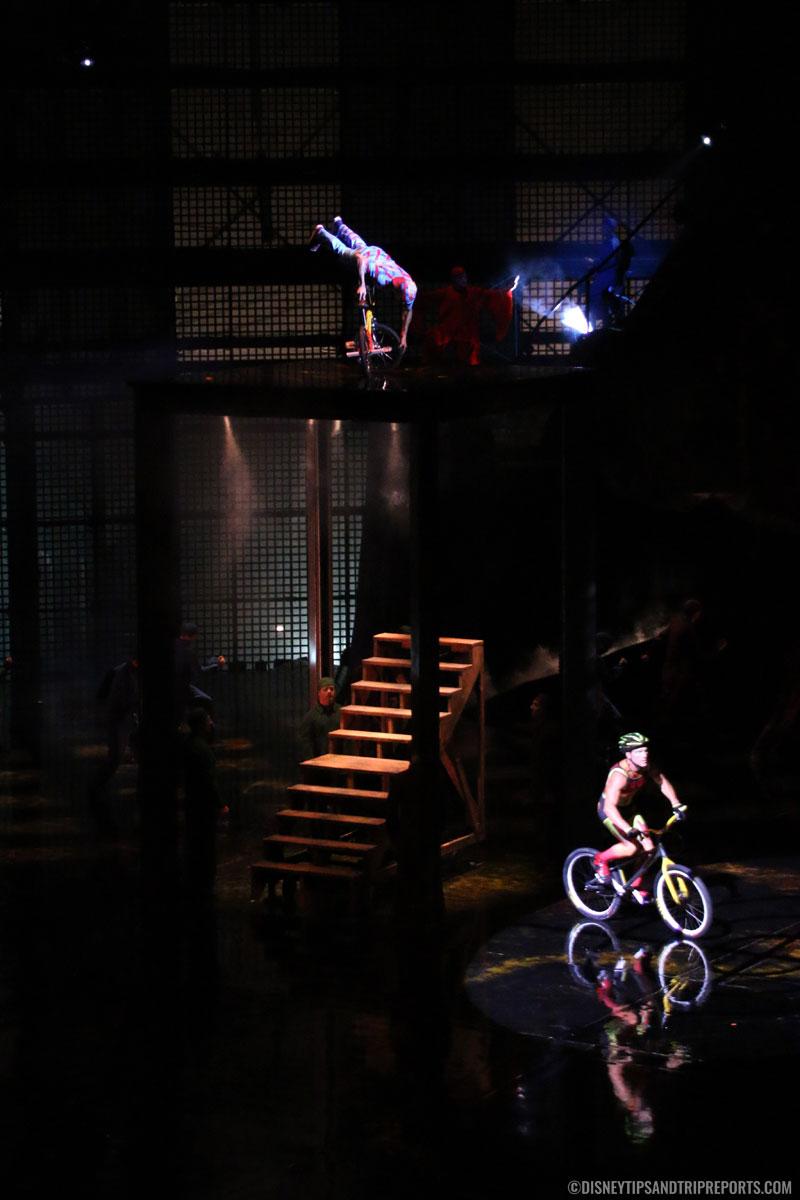 Cycles - Cirque Du Soleil - La Nouba