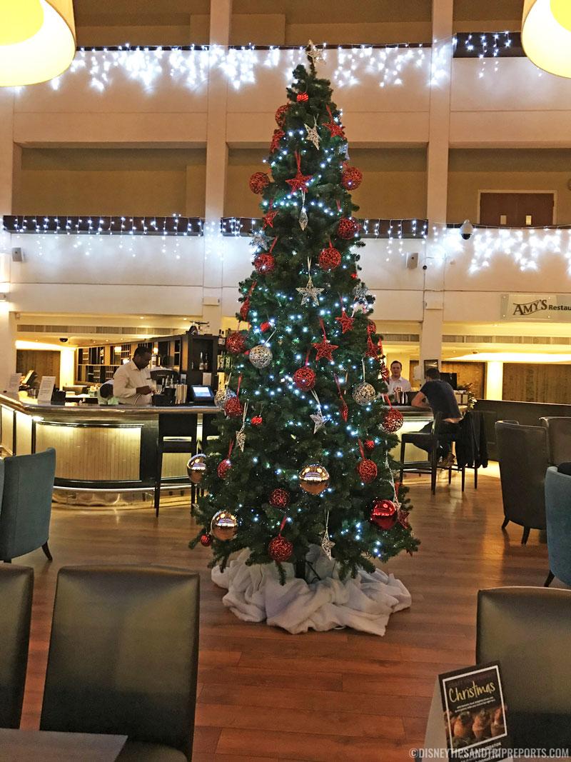 Hilton London Gatwick Airport Hotel - Christmas Tree