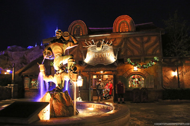 Gaston & Le Fou Statue, Magic Kingdom