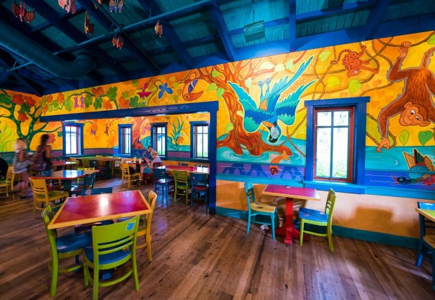 pizzafari-animal-kingdom-restaurant-disney-world-001