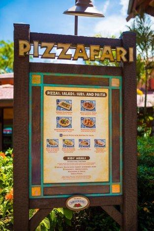 pizzafari-animal-kingdom-restaurant-disney-world-015