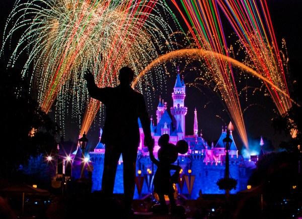"Disneyland ""Magical"" Fireworks"