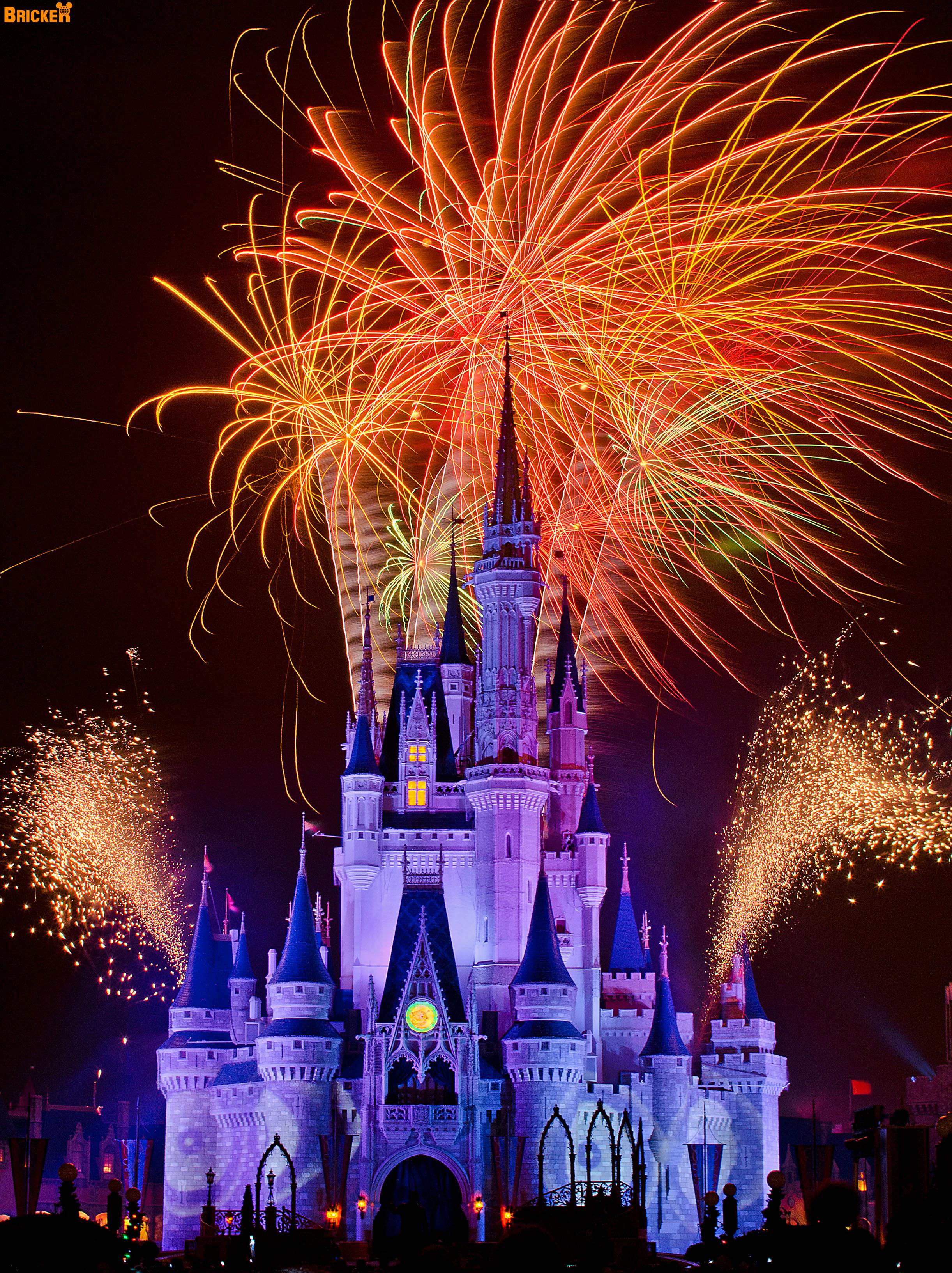 40 awesometacular fireworks photos disney tourist blog