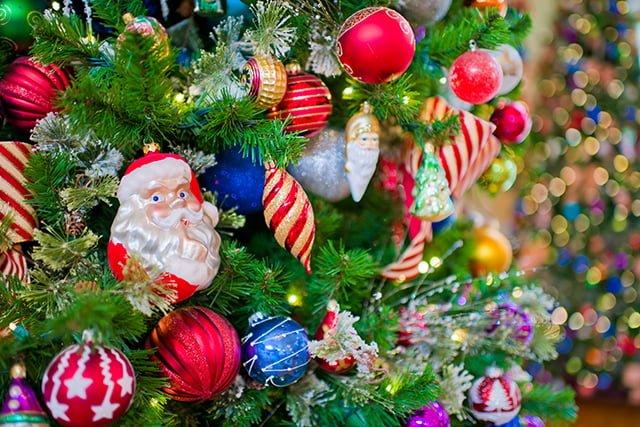 boardwalk-christmas-ornaments-bricker