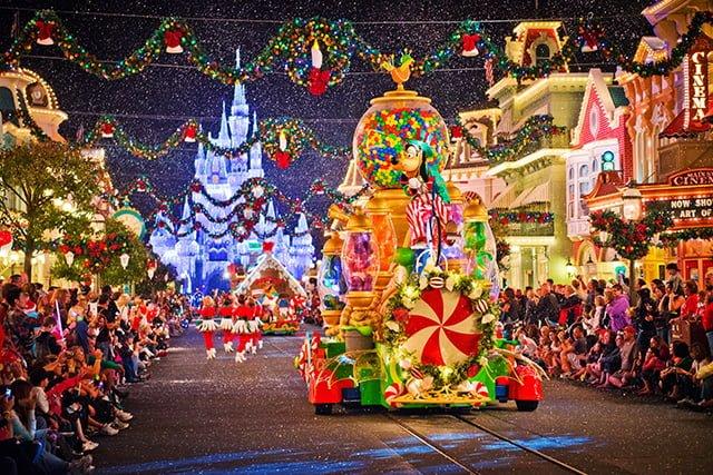goofy-christmas-parade