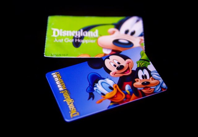 Tips for Saving Money on Disneyland Tickets by Buying from Authorized Third Parties (AAA, Costco, etc.)