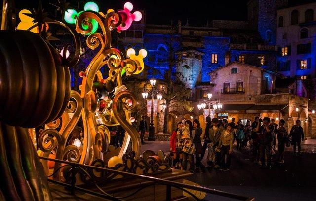 Tokyo-Disney-Resort-0233