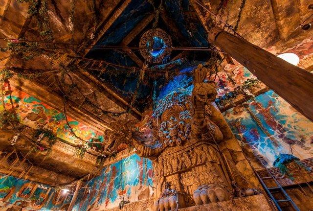 indiana-jones-adventure-crystal-skull-queue-2