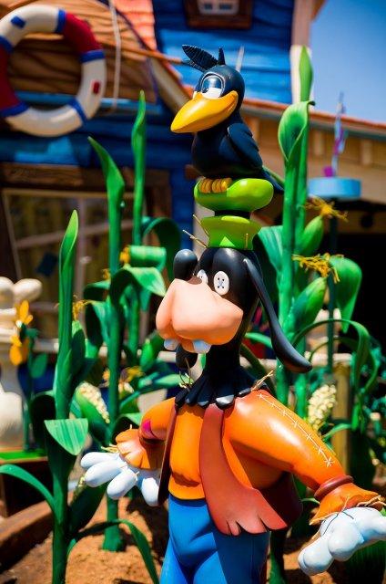 Tokyo-Disneyland-Spring-2013-0256