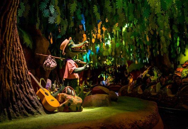 Tokyo-Disneyland-Spring-2013-0272