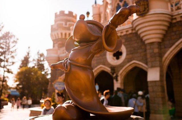 Tokyo-Disneyland-Spring-2013-0305