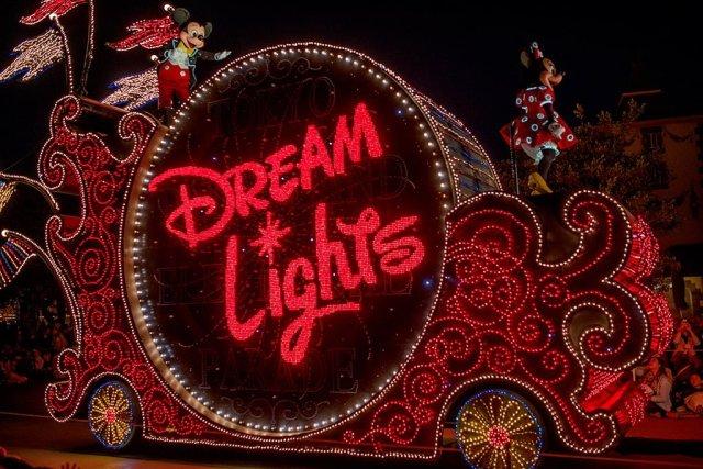Tokyo-Disneyland-Spring-2013-0332