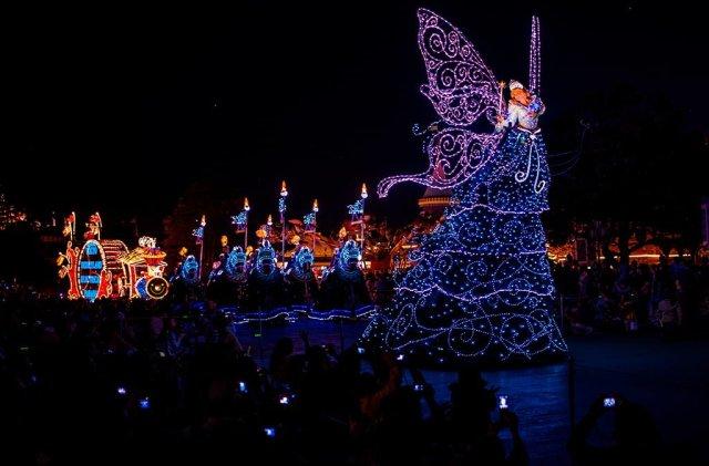 blue-fairy-tokyo-disneyland-dreamlights