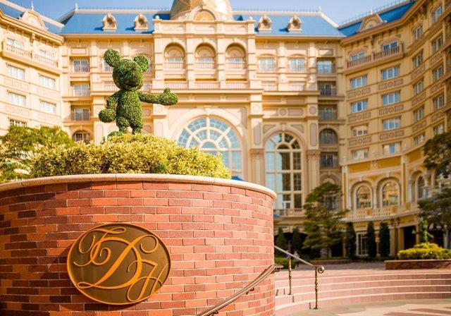 Tokyo-Disney-Resort-Spring-2013-0373