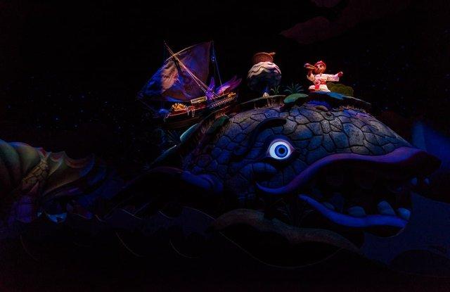Tokyo-Disney-Resort-Spring-2013-0473