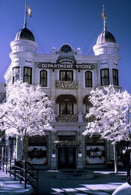 mcduck-department-store-infrared