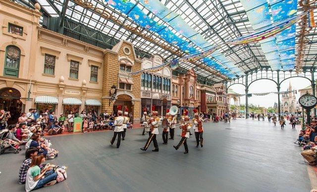 Tokyo-Disneyland-0811