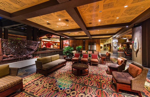 polynesian-village-resort-upstairs-seating