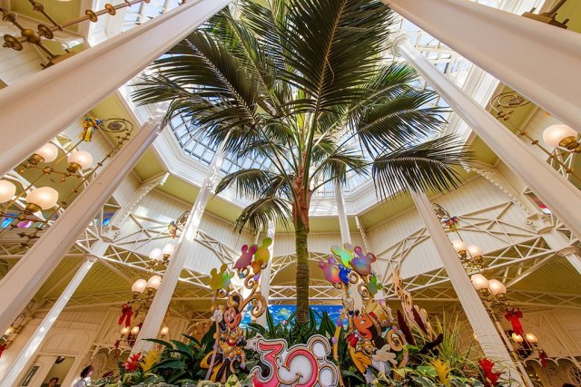 crystal-palace-lobby