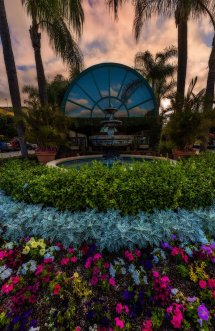 Candy Cane Inn - Disney Tourist