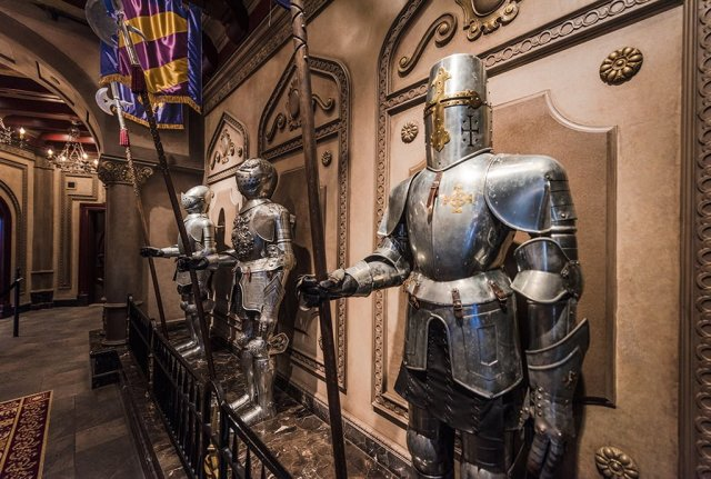 be-our-guest-armour