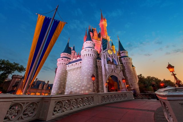 cinderella-castle-dawn-morning-2